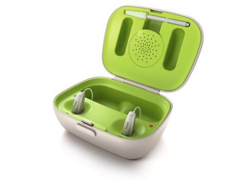 rechargeable-phonak-hearing-aid-1