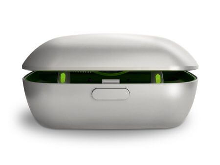 rechargeable-phonak-hearing-aid-2